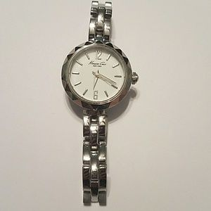 NWOT Kenneth Cole watch
